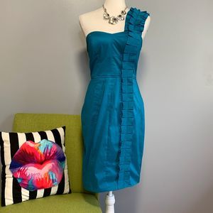 Jessica Simpson Blue Ruffle Shoulder Sheath Dress